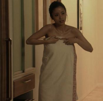 [画像あり]上戸彩 アイムホームでバスタオル姿を披露